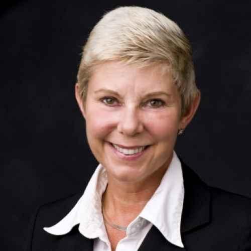 Profile Kristin Fox