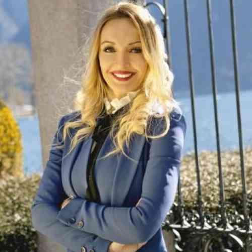 Profile Monica Lira