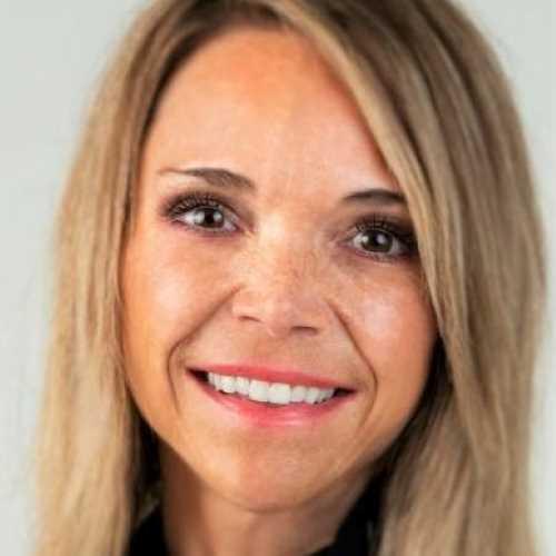 Profile Valerie Blume