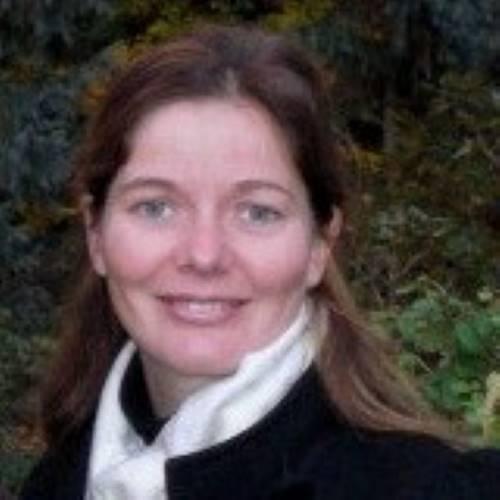 Profile Zoe Charny
